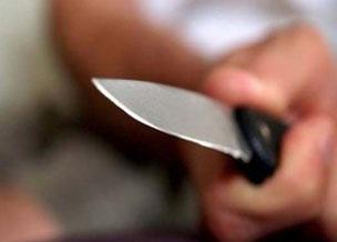 В Баку трое вооруженных лиц угнали автомобиль и ограбили магазин