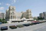 На площади Азадлыг прошел военный парад, посвященный 95-летию Вооруженных с ...